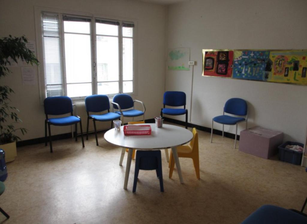 salle d'attente avant transformation en chambre