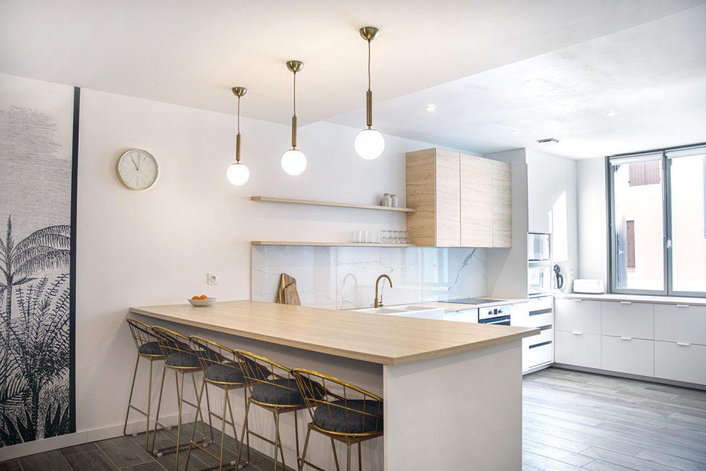 cuisine et bar bois marbre