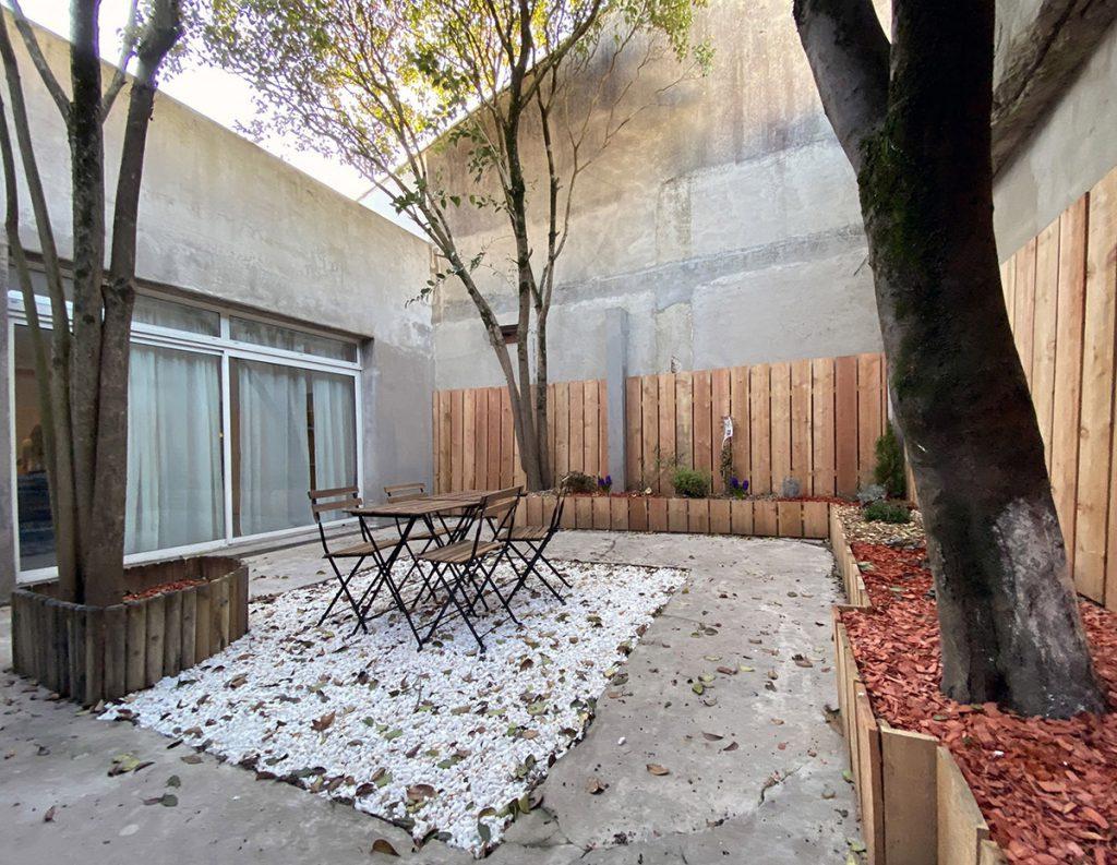 jardin après rehabilitation et nettoyage