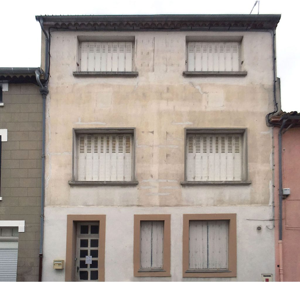 facade avant renovation